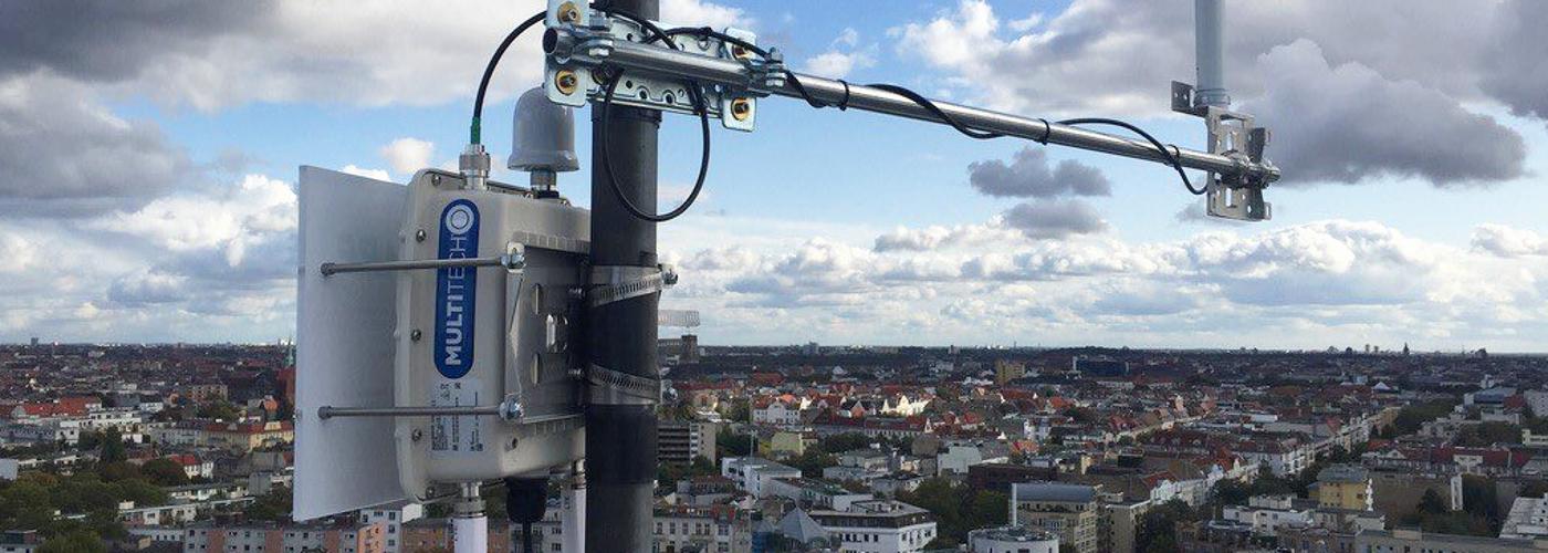 LoRaWAN-Empfangsstation über den Dächern Berlins